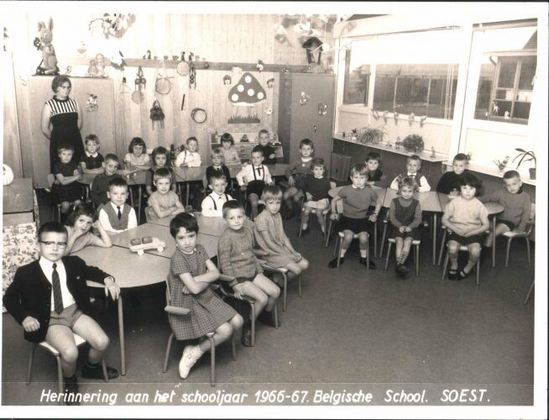 Klasfoto B1 school: 3de kleuterklas (Dierickx) 1966-1967