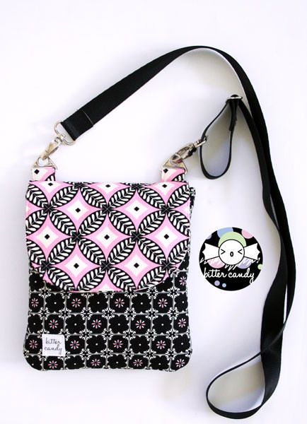 Polly Cross Body Pouch - Free pattern by Anrie Designs   Paper and PDF bag patterns