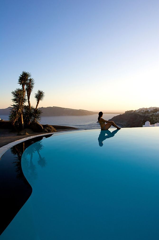 The World 39 S Craziest Hotel Pools Photos Beautiful Santorini Greece And Most Beautiful