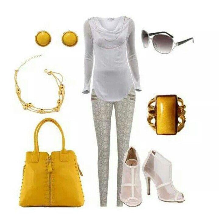 Look amarelinho, para ver se atraímos o sol! rs  Nossa bolsa amarela com zíperes R$129,00 www.lojadibella.com.br Bolsa amarela, bolsa colorida, bolsa zíperes, bolsa zíper. Semi Jóias @brillare - confira! #moda #look #lojadibella #brillaresemijoias #cadêosol