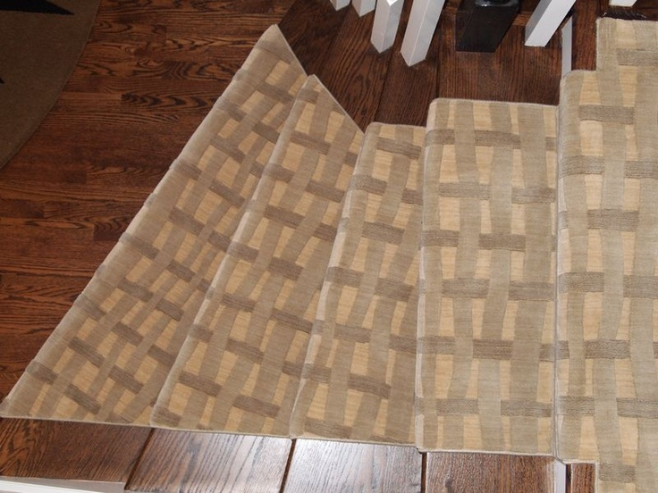 Best 90 Best Images About Stair Runners On Pinterest Mesas 640 x 480
