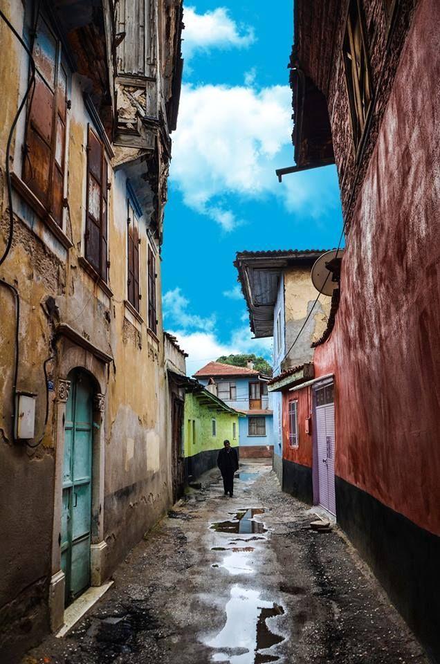 Kula - Manisa Fotoğrafı gönderen: Osman Kaan Doğan
