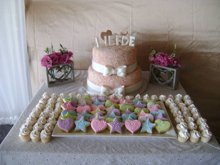 Vintage pastel colour wedding - Wedding cake