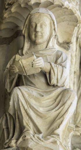 Contemplative Women Sculptures At Chartres Cathedral | Through Jill's Eyes