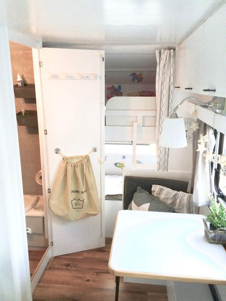 die besten 25 wohnwagen ideen auf pinterest fertighaus renovieren kleine fertigh user und. Black Bedroom Furniture Sets. Home Design Ideas