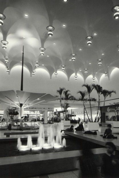 Slideshow: seven vintage photos of Yorkdale when it first opened half a century ago - Gallery | torontolife.com