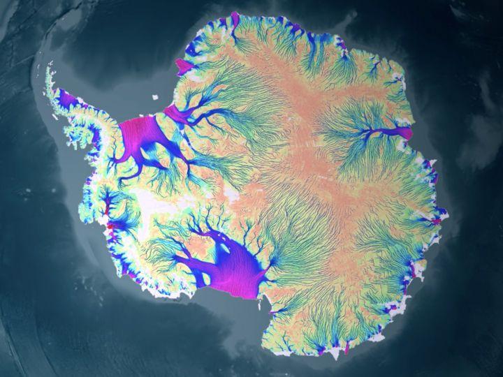 南極は地球上のどの場所よりも早く温暖化が進んでいて、それが地表の氷が溶ける原因となっている。南極大陸の分厚い氷床の下の溶けた水が、潤滑油のようにな...