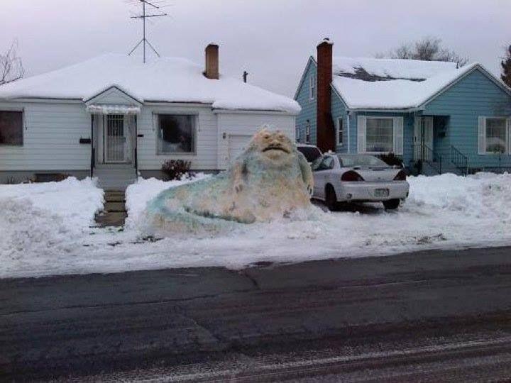 18 photo terrifying snowman regular snowman starwars