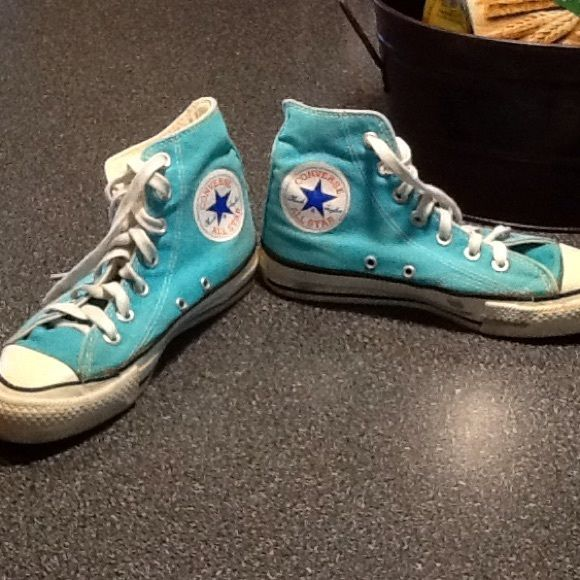 Teal Converse high tops Old school teal Converse high tops. Old/starting to yellow slightly but hardly worn. Women's size 6 (size 4) Converse Shoes Sneakers