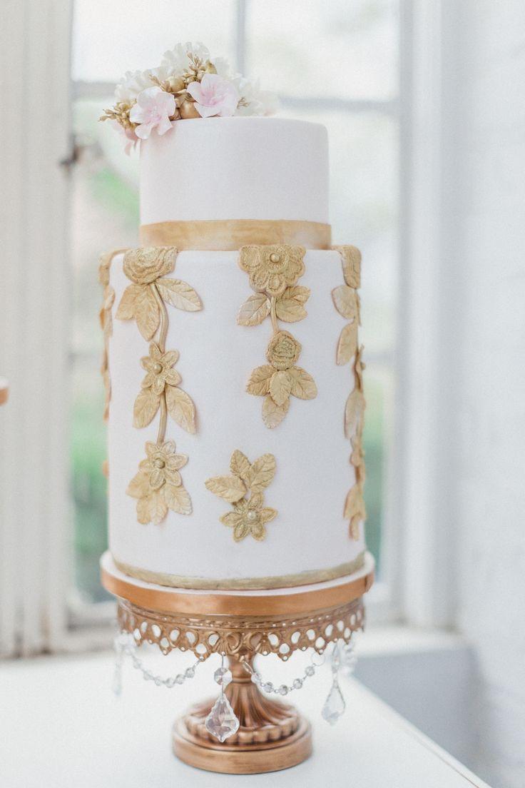 26 best Weddings - Cakes images on Pinterest   Cake wedding, Petit ...