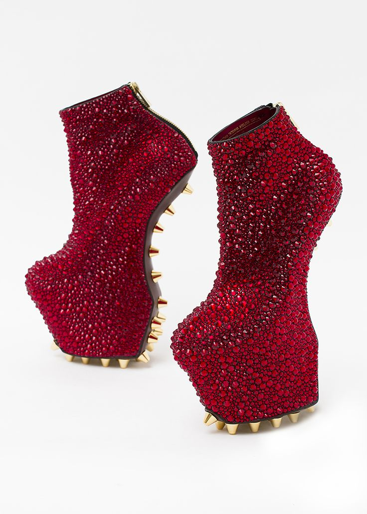 Heel-less Shoes, Crystal Rose, The Museum at FIT, 2014