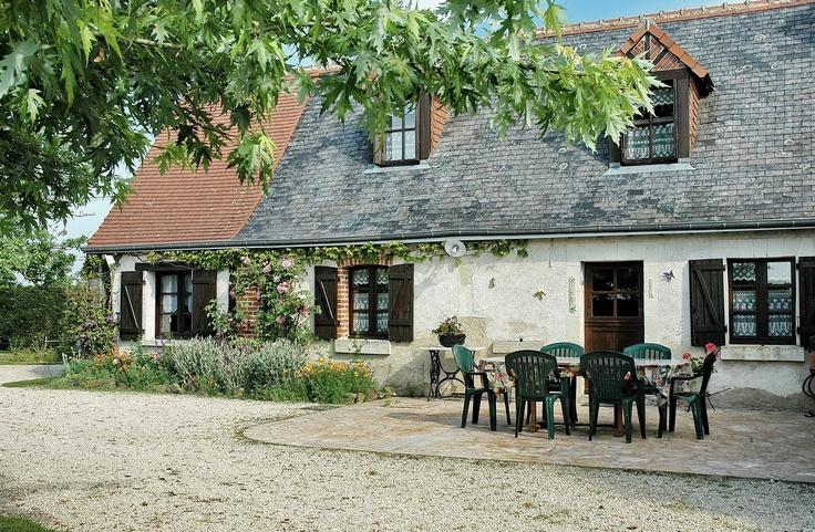 Bed and Breakfast in Sainte-Catherine-de-Fierbois near Sainte-Maure de Touraine (Indre-et-Loire) < Chambres d'hôtes à Sainte-Catherine-de-Fierbois près de Sainte-Maure de Touraine (Indre-et-Loire) >