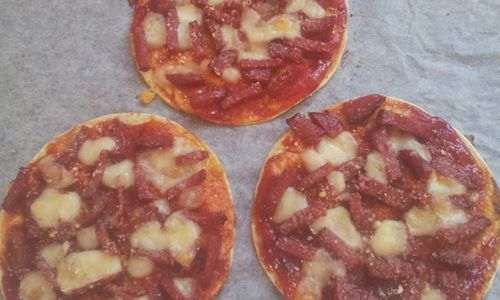 Corn Star mini pizzas made with tomato, cheese and salami entered by Facebooker Nina Legge. Vote for this recipe if you want it to win or enter your own!