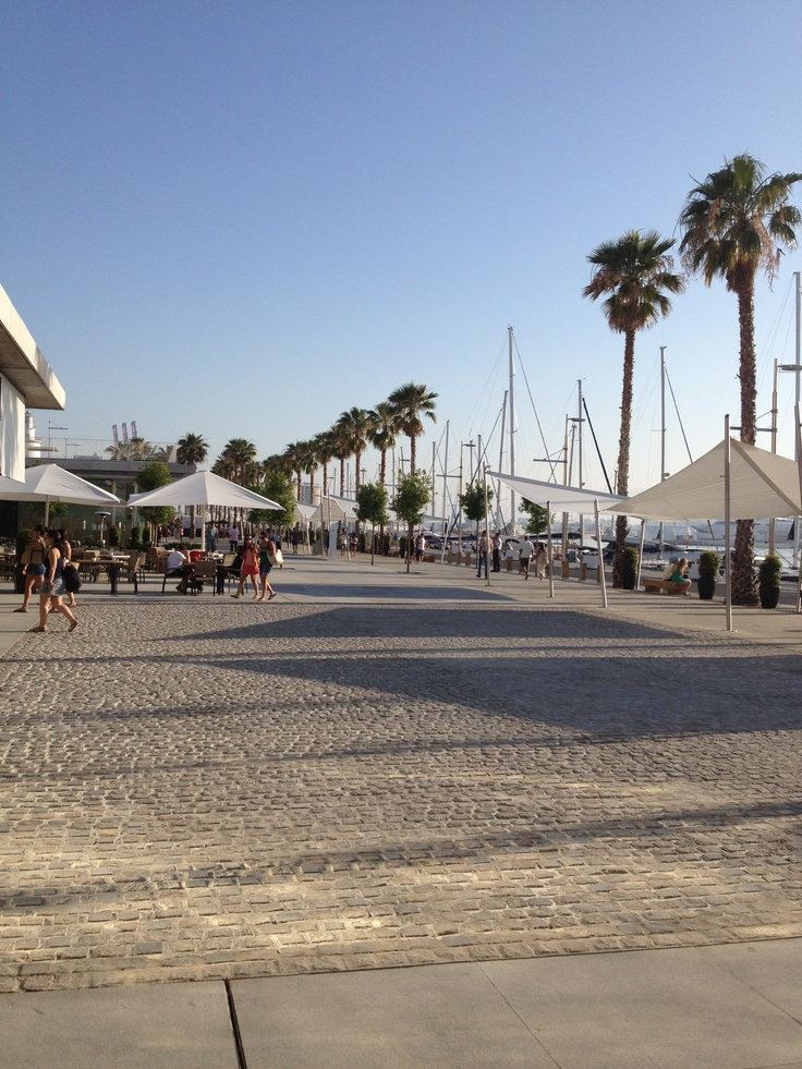 Muelle Uno in Malaga Centre.  Wonderful Malaga http://www.travelandtransitions.com/destinations/destination-advice/europe/