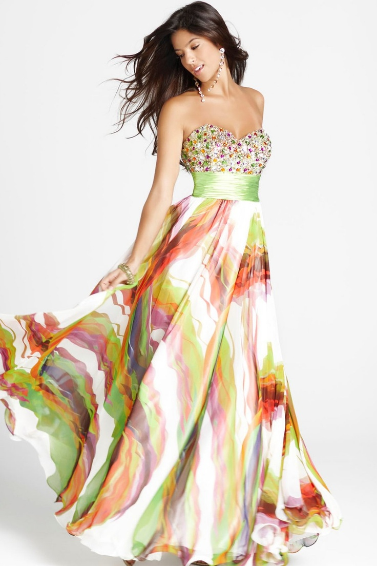 Just gorgeous. Wish I had somewhere to wear this to!