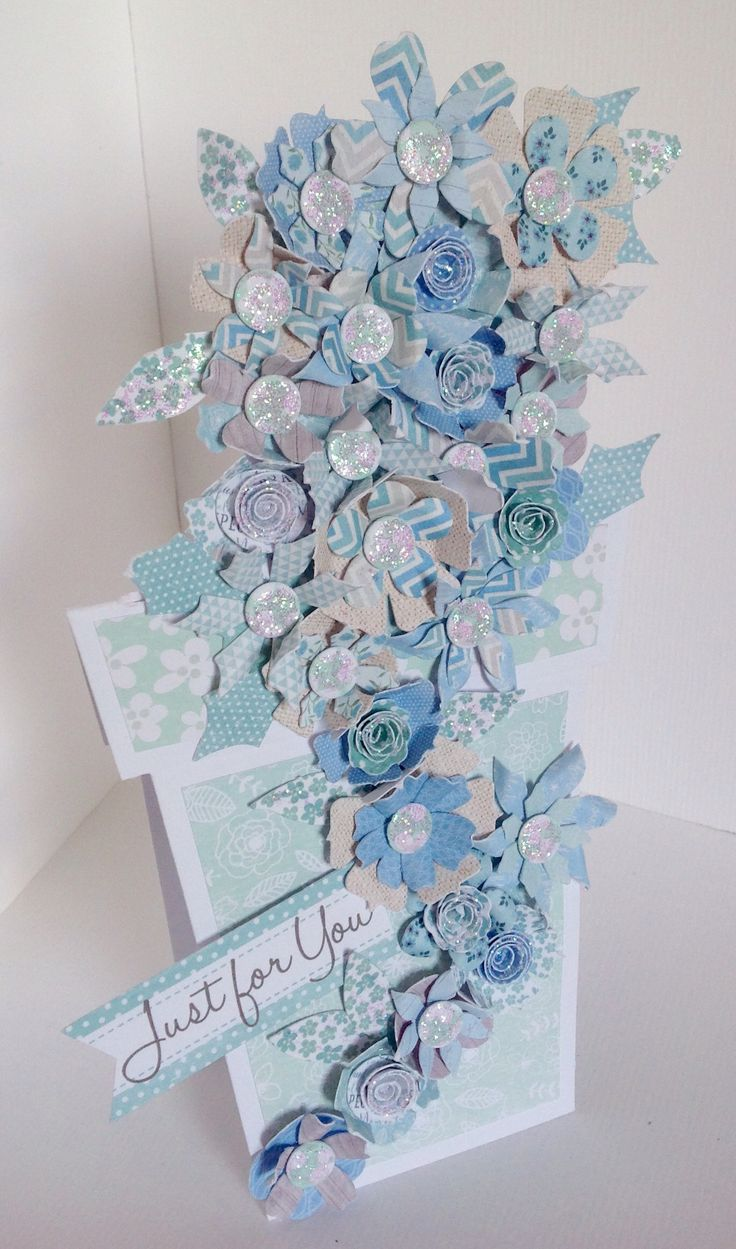 Stunning flower pot card created by Phillipa Lewis using the Serenity collection.
