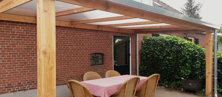 -19- Veranda aan huis schuin dak met polycarbonaat kunststof of glazen glas dak. gemaakt van lariks douglas of eiken hout