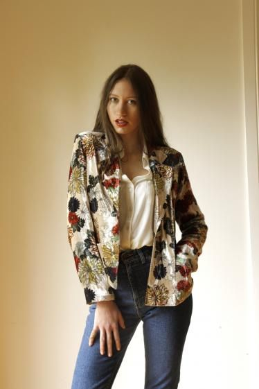 Round She Goes - Market Place - Preloved pure silk velvet jacket