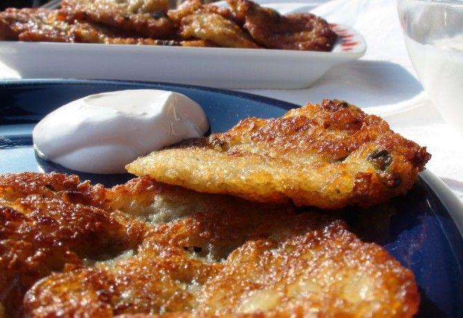Tócsni azaz krumplilepény recept képpel. Hozzávalók és az elkészítés részletes leírása. A tócsni azaz krumplilepény elkészítési ideje: 40 perc