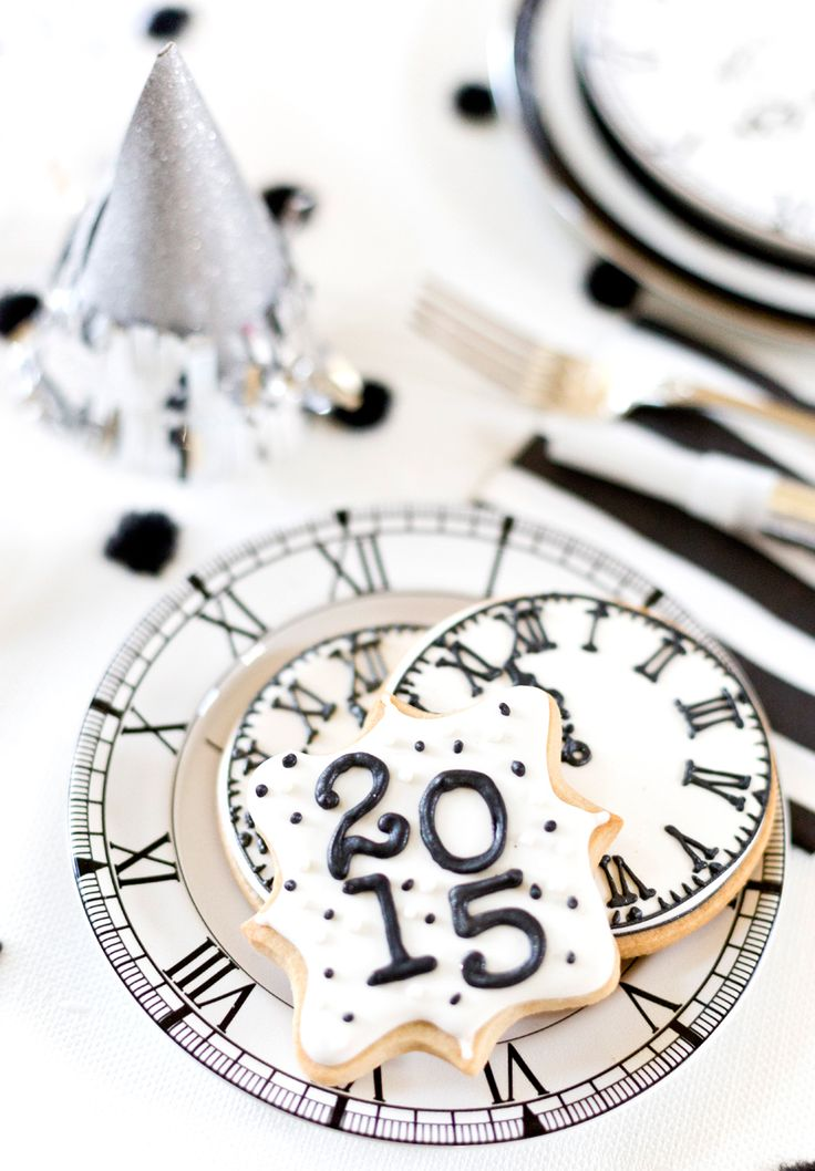 78 best New Year\'s Cookies and Fun Party Ideas images on Pinterest ...