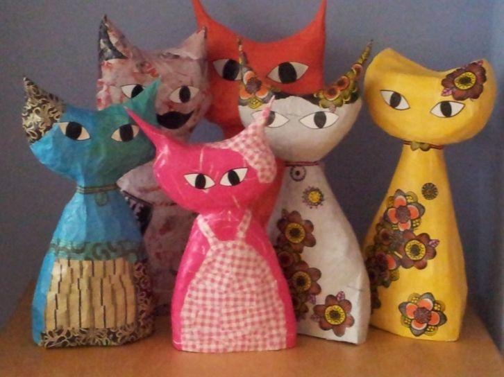 Papiermaché katjes paper mache cats