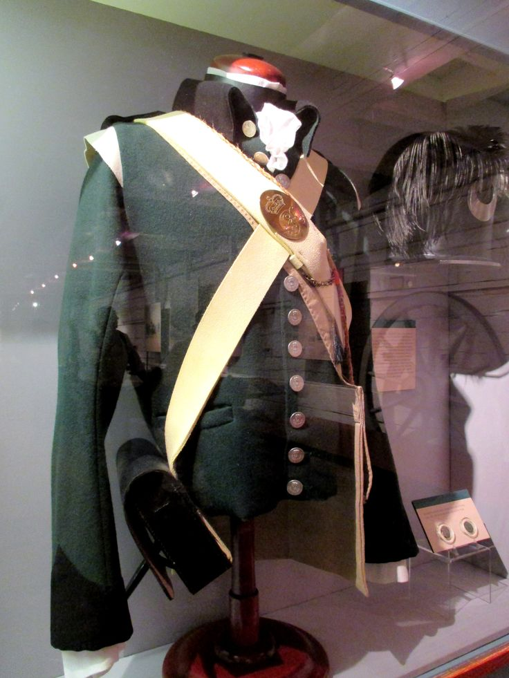 Reproduction of a 1790s Private's Uniform from the Queen's ...