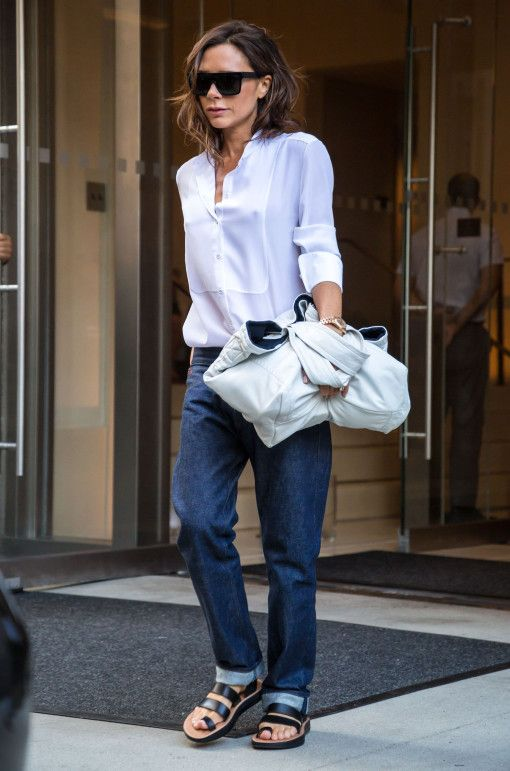 Victoria Beckham Steps Out In Nyc Victoria Beckham The Style Pinterest Mode Och