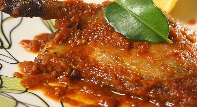 Masakan Olahan bebek diolah dengan bumbu bumbu nikmat membuat kuliner ini sangat nikmat, nikmati resep masakan bebek bersama keluarga anda.