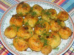 Reteta culinara Cartofi noi cu usturoi din categoria Aperitive / Garnituri. Cum sa faci Cartofi noi cu usturoi