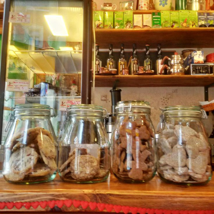 Meet the #Cookies! The lineup: #cranberries, #chocolate, #honey and #cinnamon, #walnuts-vanilla