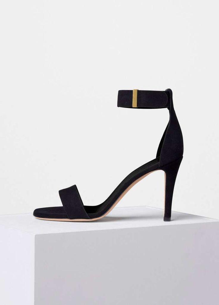 Collezione scarpe Celine Primavera Estate 2016 - Sandali neri con tacco alto e cinturino alla caviglia