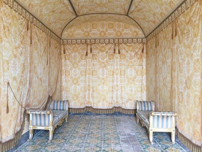 trompe l'oeil walls in a Sicilian palazzo