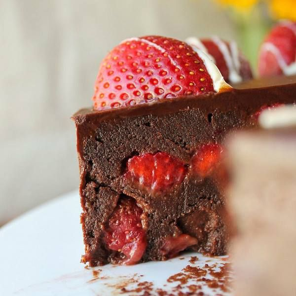 STRAWBERRY TRUFFLE CAKE This Strawberry Truffle Cake. It's heavenly!! This is a perfect cake to make for a dinner party. It will dazzle your guest. RECIPE HERE~~~>>>