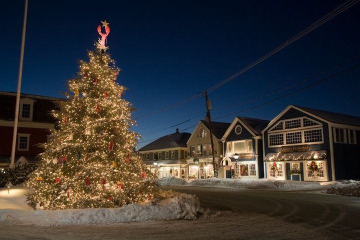 17 Best The 17 Most Amazing Christmas Towns In America