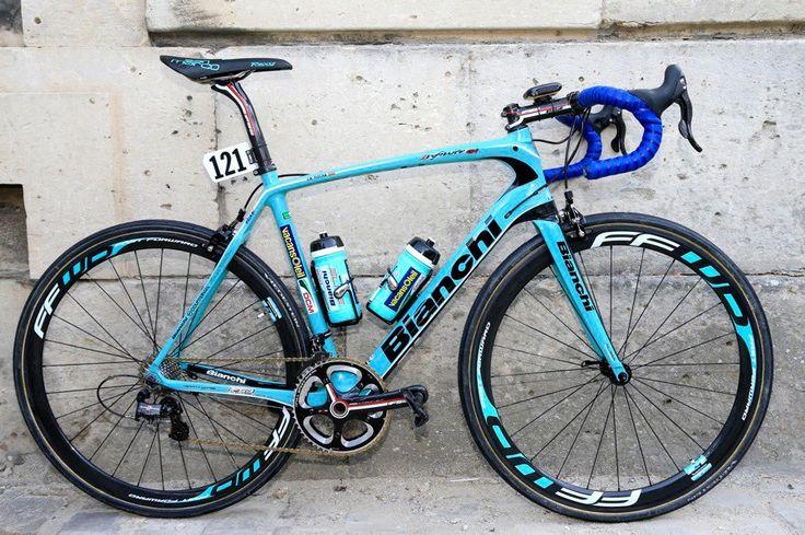 Juan Antonio Flecha's Bianchi Infinito CV used for Paris-Roubaix - 2013