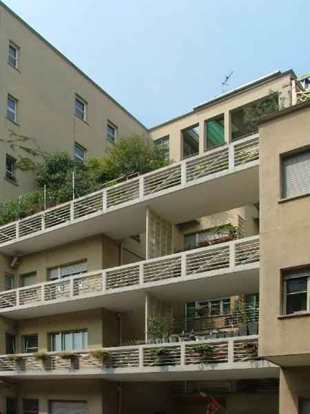 Casa Comolli Rustici, Milano (Lingeri, Terragni)  http://milanoarte.net/it/visite-guidate-a-milano/itinerari-di-architettura-a-milano
