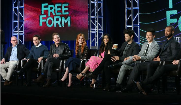 Watch 'Shadowhunters' Season 1 And Season 2 Free Online, Live Tweet With Cast, How To Stream Series [Video]