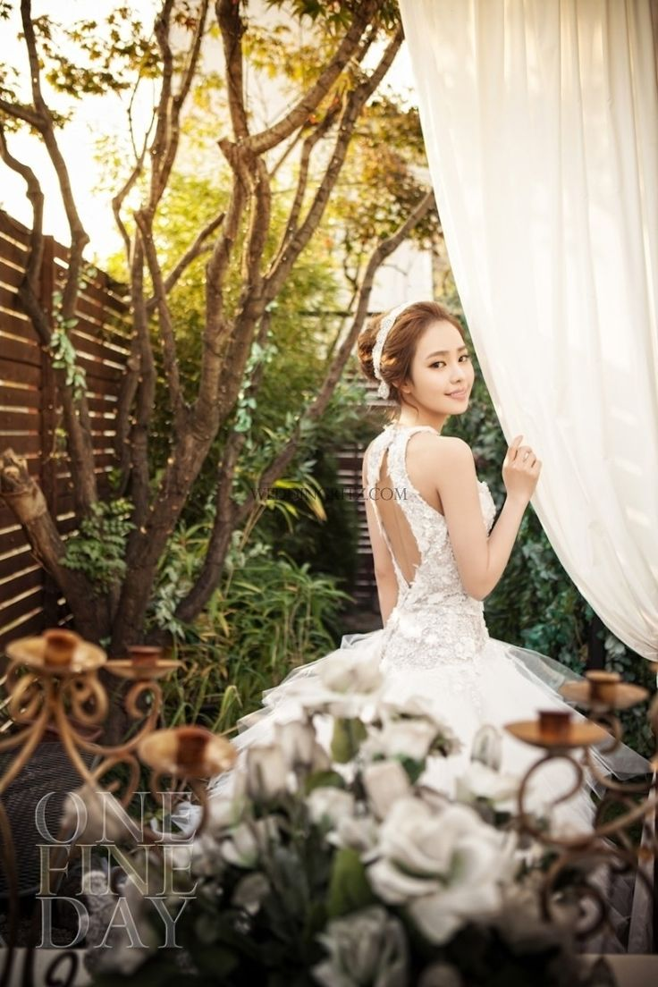 Korean Pre-Wedding Photography #KoreanWedding #Dress #WeddingDress