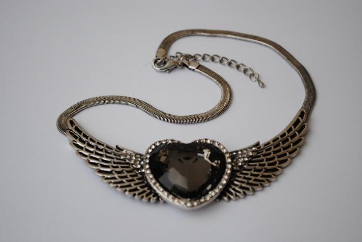 Big black heart with wings 219 SEK.  http://www.jerikascorner.se/halsband-hjarta/27-0