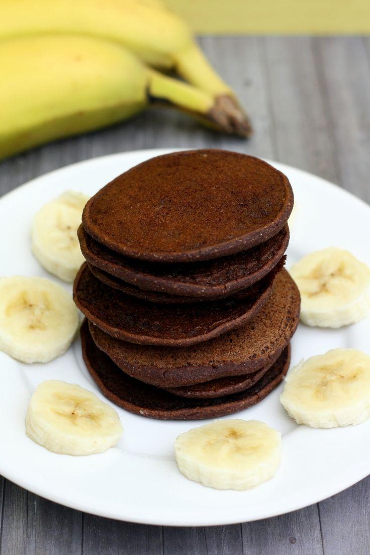 Mini pancakes à la banane et cacao (sans œuf, sans sucre), idéaux pour les bébés ! #recettebébé #bébé #baby