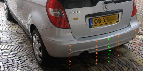 parkeersensoreninbouwen-set-D-sensoren+camera+spiegel