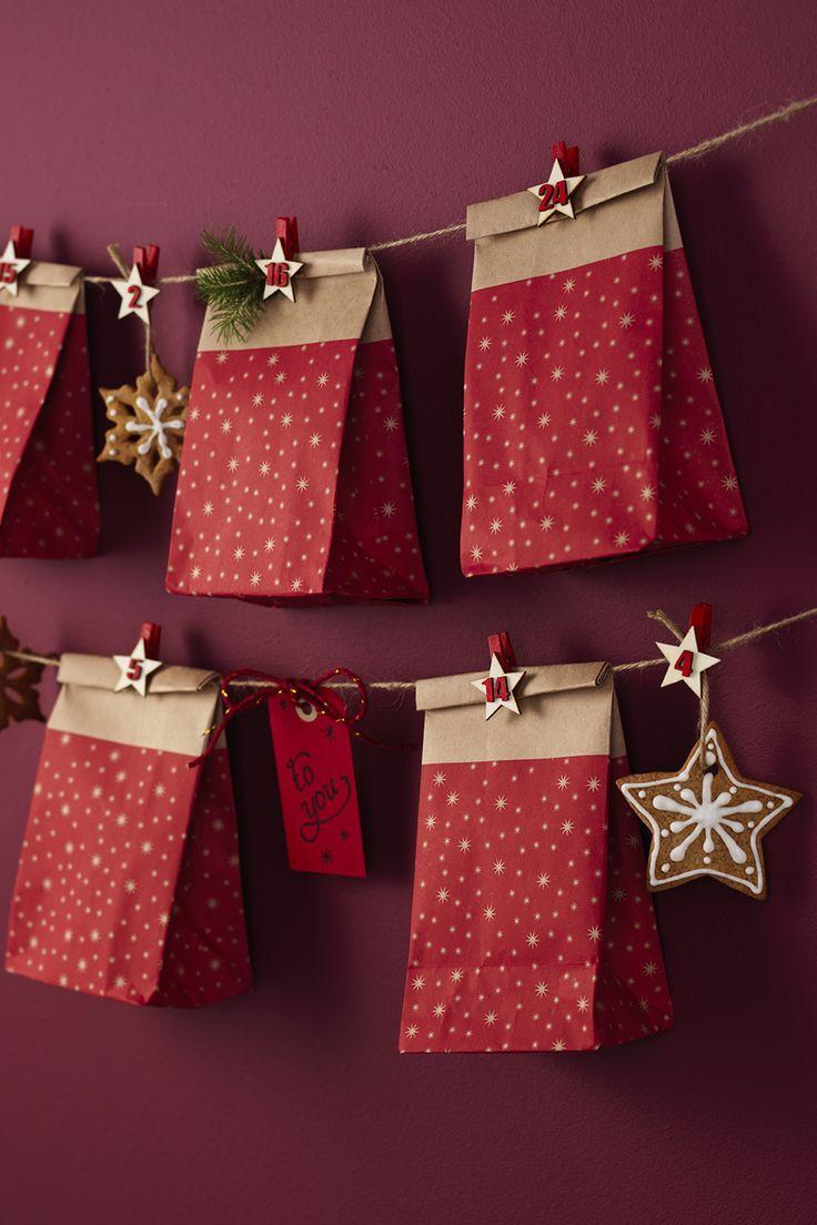 Christmas calendar bags www.panduro.com Christmas Decor by Panduro #christmas #decoration #DIY #ornaments #christmascalendar #advent  #julkalender #kalender #paketkalender #adventkalender #adventskalender #jul #countdown #kalenderpåsar #Scandinavian