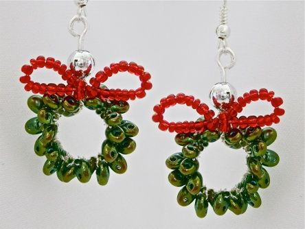 DIY: Easy Christmas Jewelry for the Season
