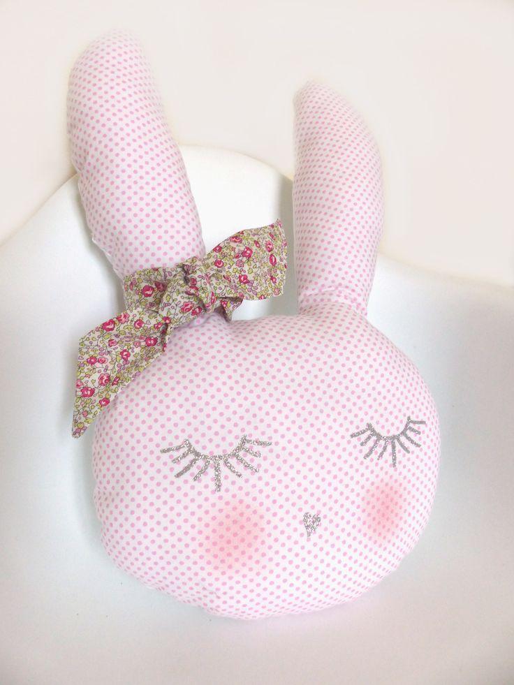 Gisèle la Lapine trop Belle ! Décoration chambre bébé Liberty Eloise rose : Chambre d'enfant, de bébé par crapaud-chou