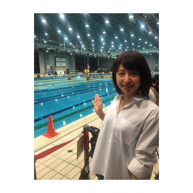 【misaki0hayashi】さんのInstagramの写真をピンしています。《今日は体育の日ということで、都内で開かれた「スポーツ祭り!」を取材してきました。競泳のリオ五輪メダリストの方が、「東京五輪の会場見直し」についても語ってくれました。今日のJチャンネルでご覧ください♪ #Jチャンネル#テレ朝#体育の日#スポーツ#水泳教室#林》