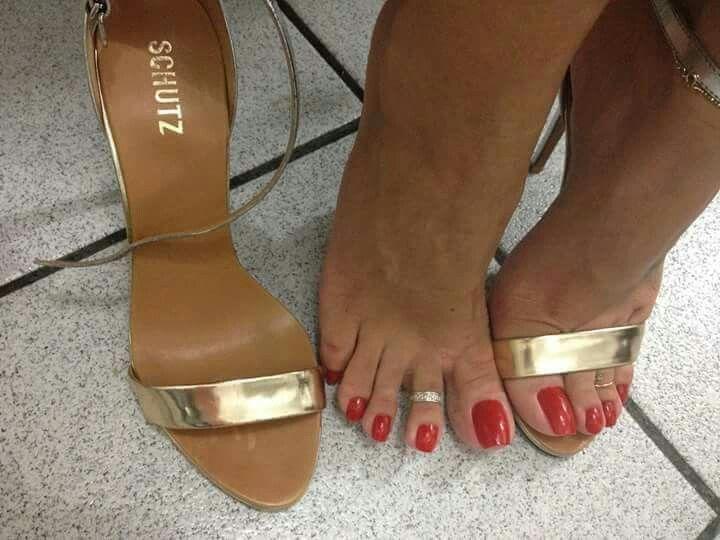 Pin by Toetastic Toeberries on Grazi's feet (brazilian ...