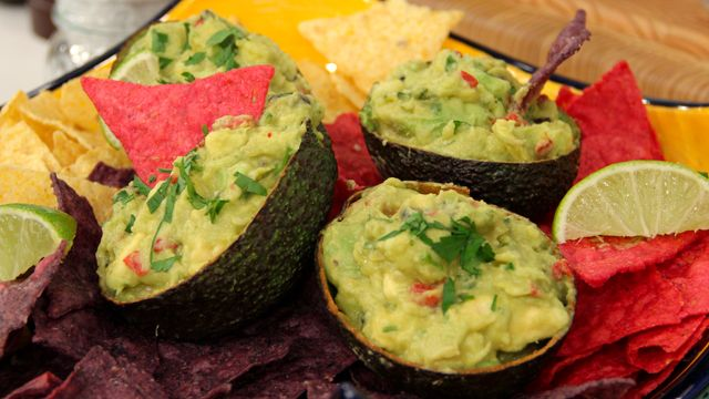 Gosselin Guac by Kate Gosselin - NEED to make..