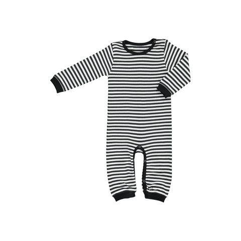 Okker Gokker jumpsuit http://www.danskkids.com/collections/jumpsuit-onesie/products/okker-gokker-organic-black-and-white-jumpsuit
