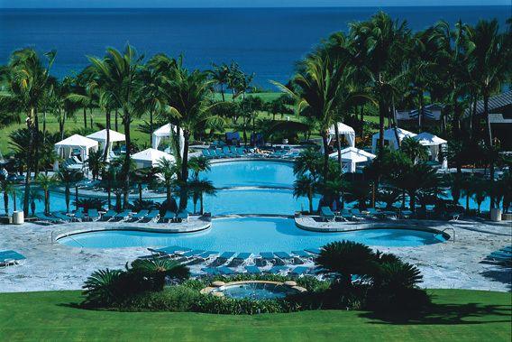 The Ritz Carlton Kapalua - Maui, Hawaii - 5 Star Luxury Resort Hotel