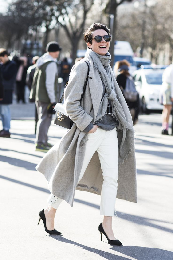 sure, white jeans looks great on Garance, i'm still not sure if it will suit me... this is a great look though!